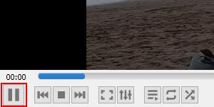 VLC pause button